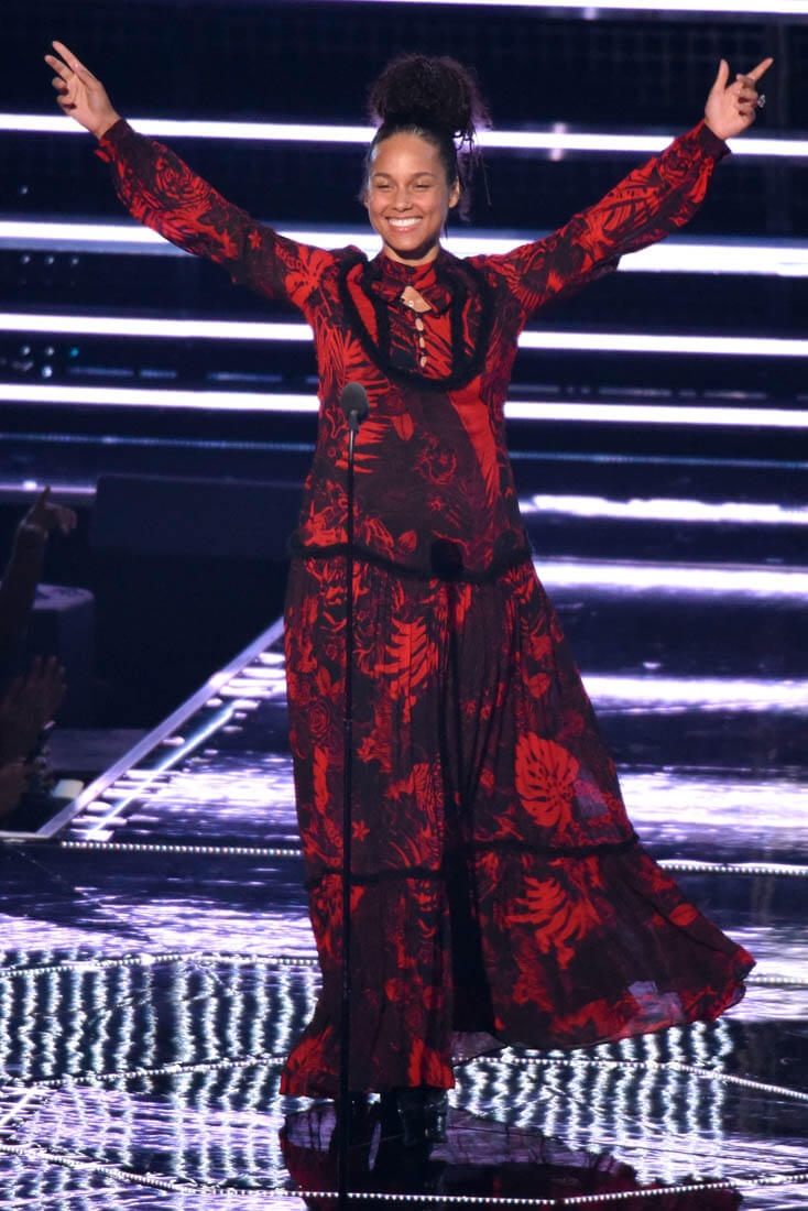 alicia keys vmas 29aug16 10