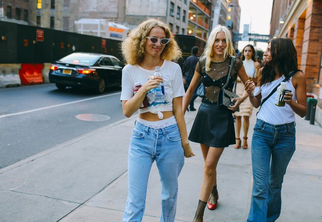 02 street style curls