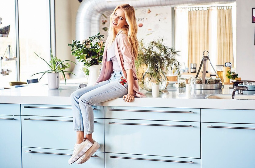pink woman jeans anoiksi 2017 doukissa 2. Τζιν ... c54cfa04379