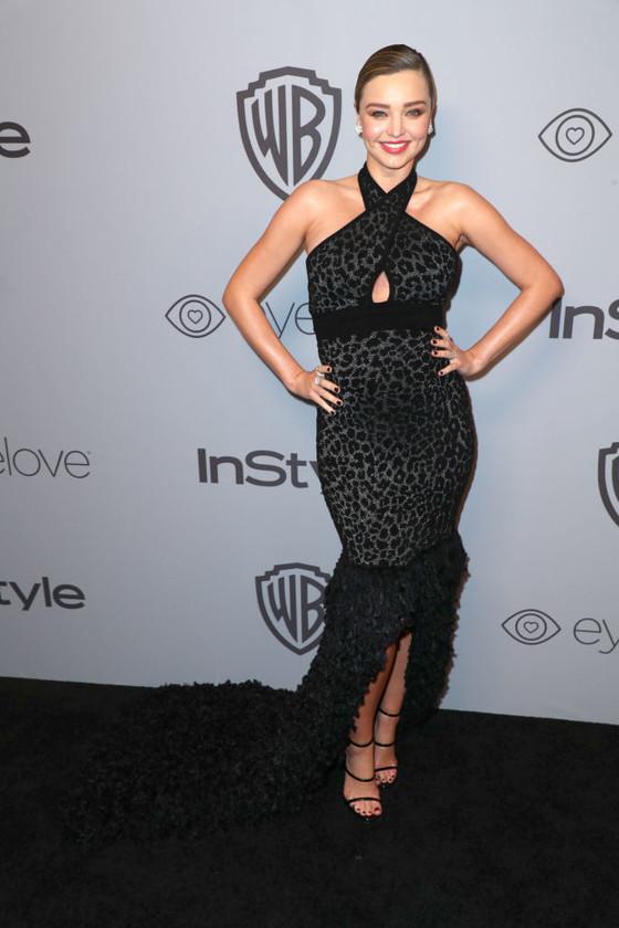 Miranda Kerr pregnant golden globes