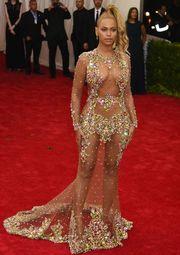 b9901b7a4231 Naked Dress: Τα πιο εντυπωσιακά «γυμνά» φορέματα που είδαμε ποτέ στο ...