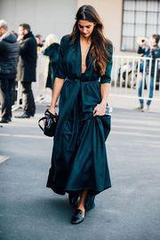 7aabf8ea59c9 Τι να φορέσεις αν είσαι καλεσμένη σε φθινοπωρινό γάμο  Tips ...